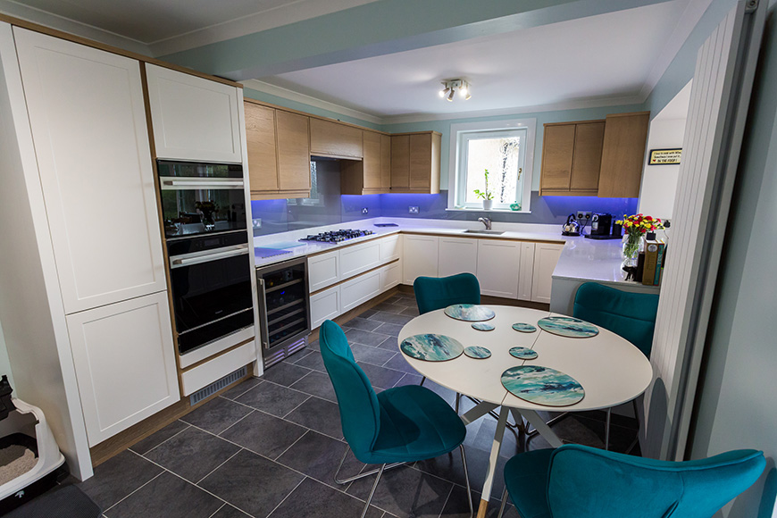 Contemporary Kitchen for Returning Customer